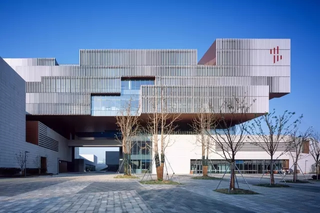 上海外高桥文化艺术中心,优秀奖-公共建筑类